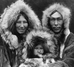 Portrait of Iñupiat Family from 1929