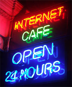 24 hour Internet Cafe - Internet Addiction